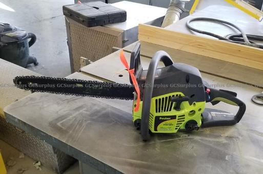 Picture of Poulan P3818AV Gas Chain Saw
